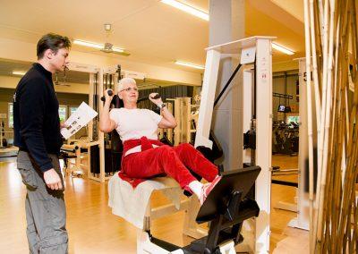 Sportgerät für Rückenübungen im Gesundheitssportbereich des Seestern Fitnessclub Süd.
